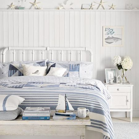 Fall In Love With Your Bedroom Decor